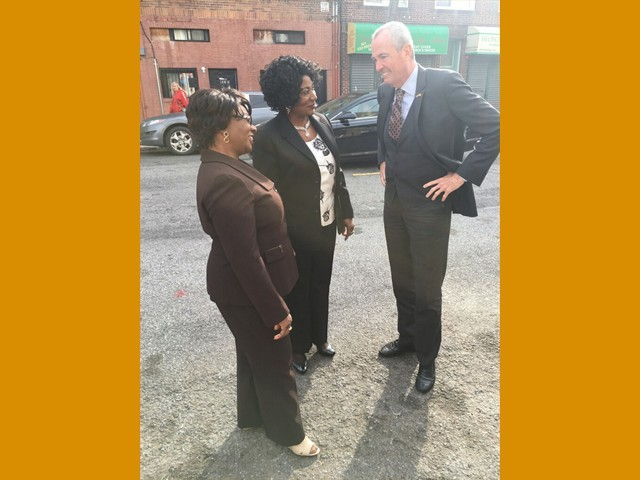 Gov Murphy at Supertots with Prisca and Christiana